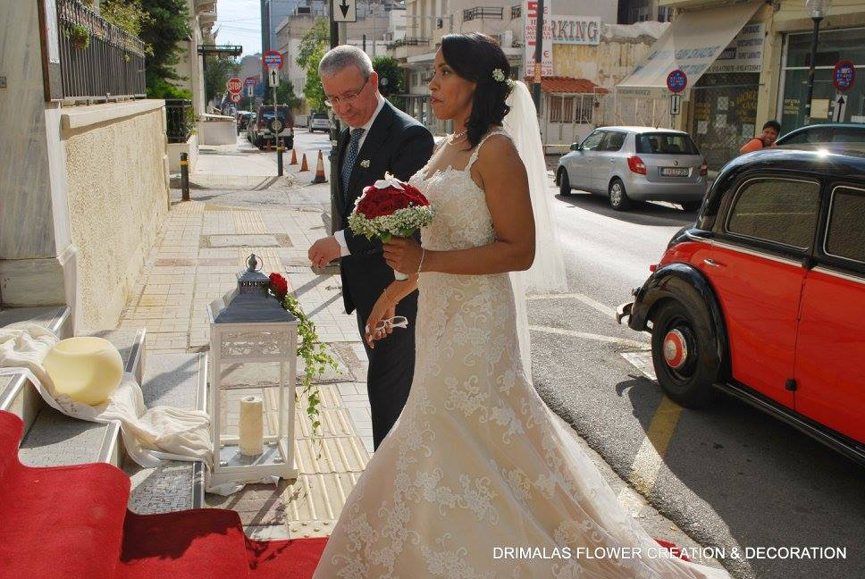dc7dd0c120ec Στολισμός γάμου με κόκκινα τριαντάφυλλα - flowers4wedding Ανθοπωλειo ...